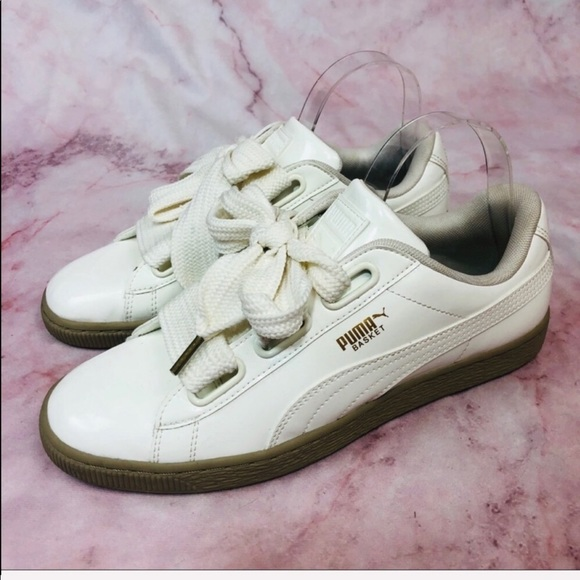 newest a0d83 0a054 New Puma Patent Leather Basket Heart Sneakers